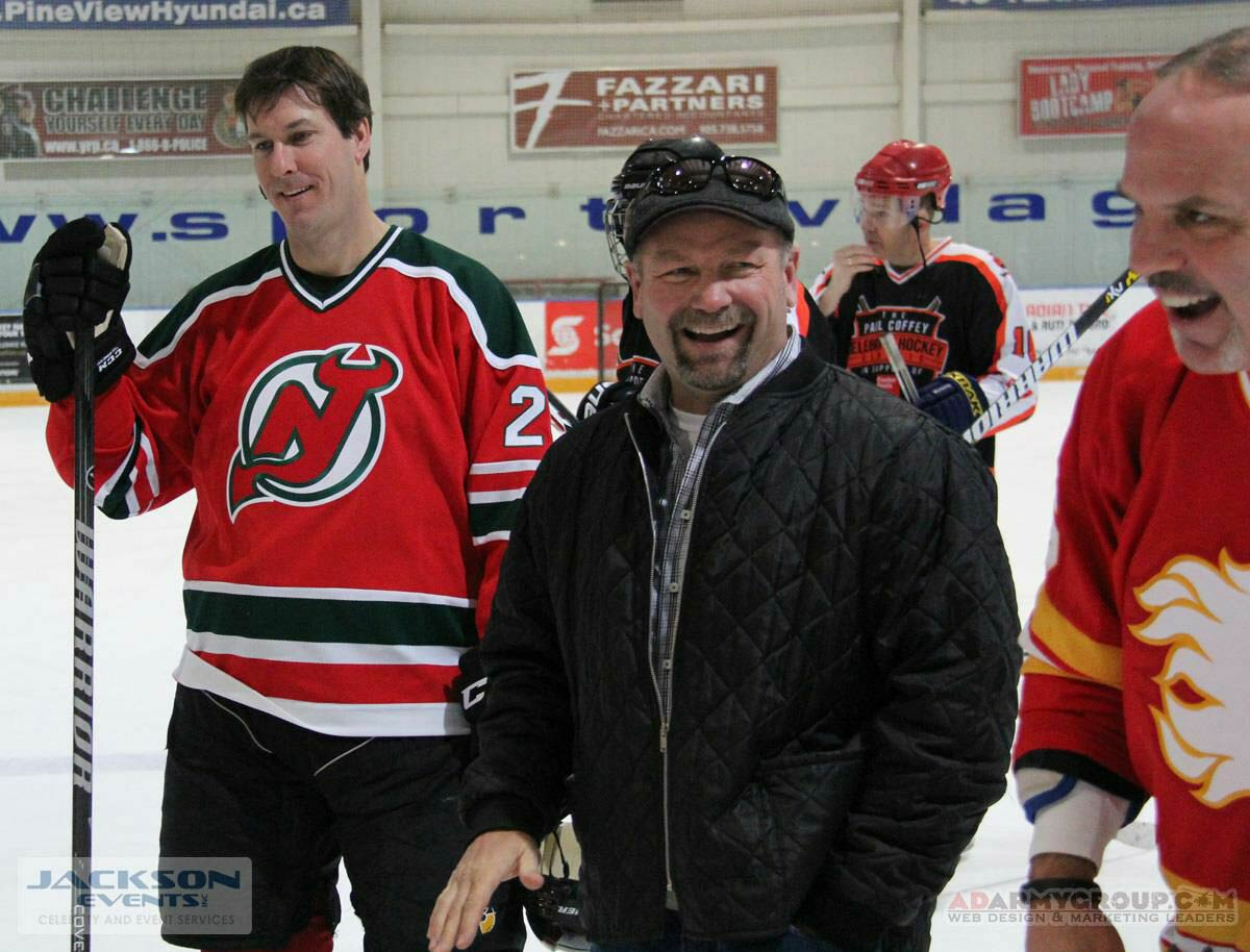 Former All Star Wendel Clark attending an event
